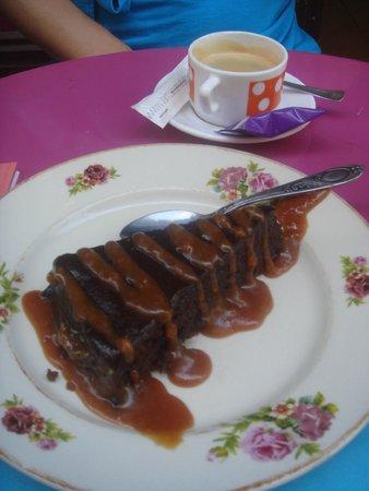 La Kitchenette: Wonderful dessert! Chocholate, salted caramel and mmmm!