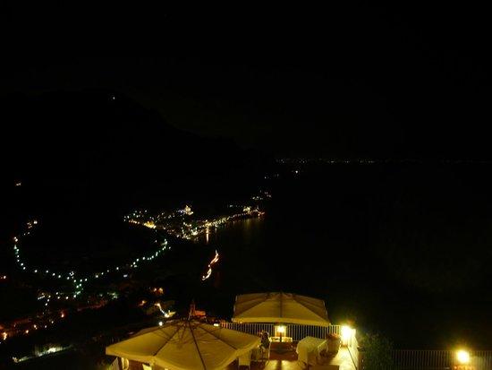Hotel Villa Fraulo: dalla camera di notte