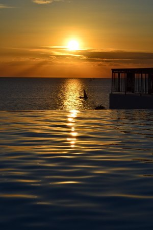 Hideaway of Nungwi Resort & Spa: The Hideaway Sunset.......