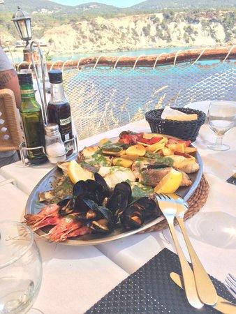Es Boldado : Grilled fish, dellicious