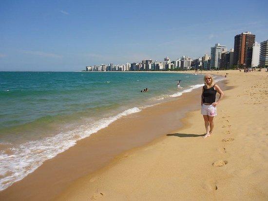 Costa Beach : Eram 7 da manha em Praia da Costa