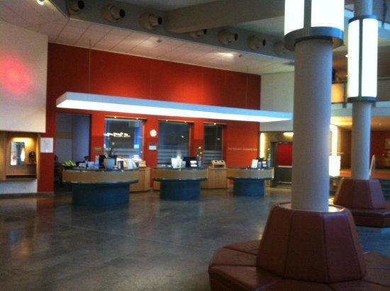 Mövenpick Hotel Münster: lobby