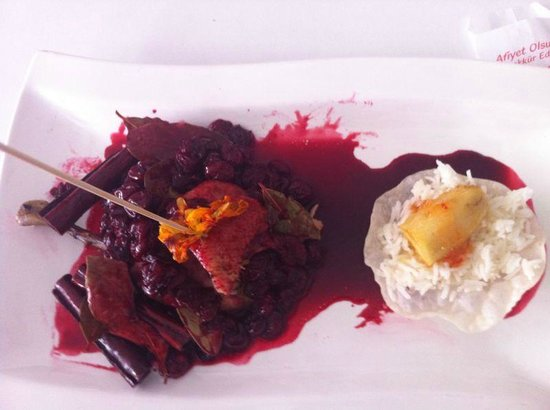 Can Oba Restaurant : Duck with cherry sauce