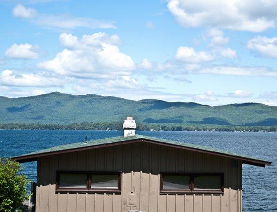 Sun Castle Resort : Villa and the Lake
