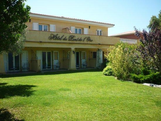 Hotel Residence du Pont de L'Oso : espaces verts