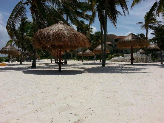 Villas Del Mar: Beach