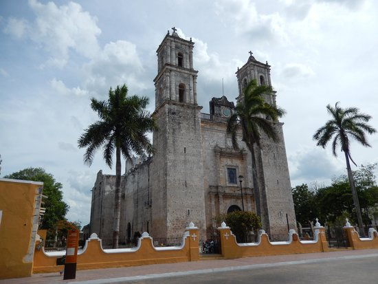 Mexico Kan Tours - Day Tours: Valladolid Church!