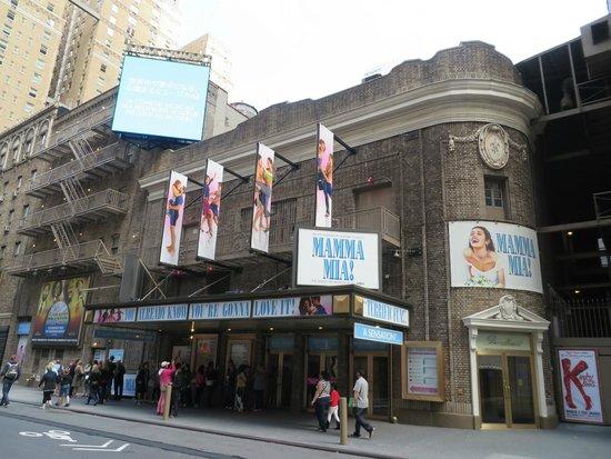 Mamma Mia! on Broadway: Mamma Mia na Broadway