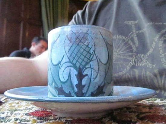 The Lairg : Thistle crockery