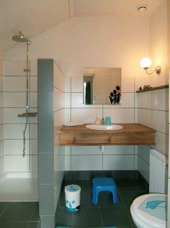 La Tulipe : Bathroom