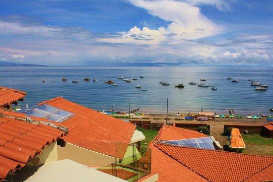 Hotel Rosario Lago Titicaca : Vista desde la Hab , ubicada en 2do piso