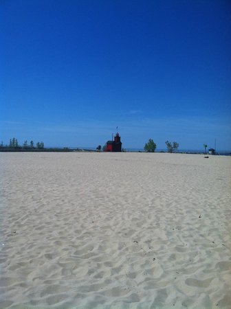 Holland State Park Beach: Beach with the lighthouse in the background