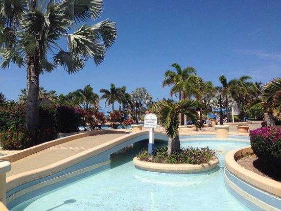St. Kitts Marriott Resort & The Royal Beach Casino: First pool