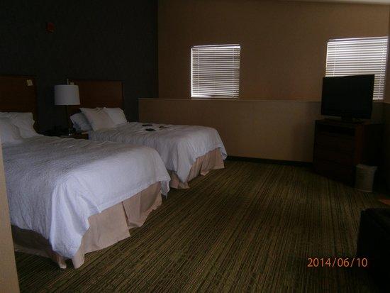 Hampton Inn & Suites Denver Downtown: Room 635 upstairs