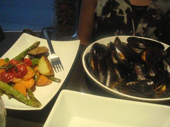 Le bistrot de bacchus : Mussels & Vegetables