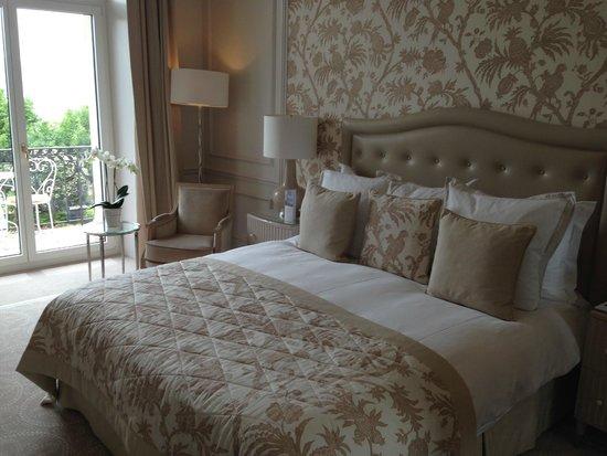Beau-Rivage Palace: Отличный интерьер комнаты