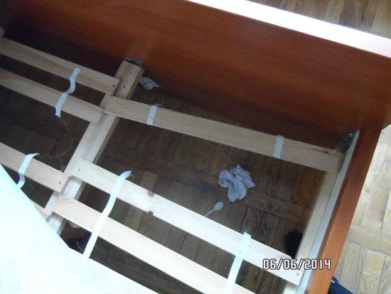 Brama Hostel: le sommier qui tient par habitude