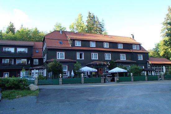Hotel Grüne Tanne Mandelholz: Hotel-restaurant Grüne Tanne