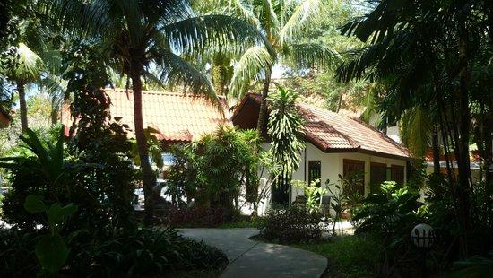 Hyton Leelavadee Phuket: территория