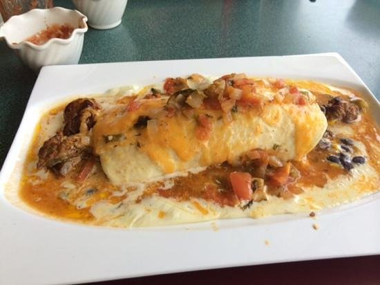 Mama Alma's Kitchen: steak burrito