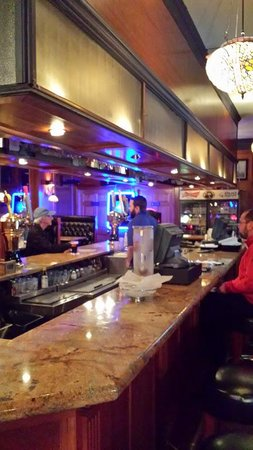 Bryn Mawr Beef & Ale : The Bar