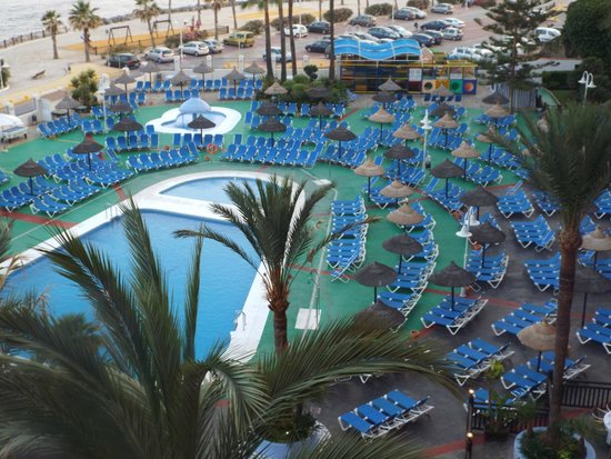 Sunset Beach Club: pool area from upstairs bar