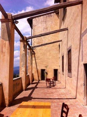 Bigallo Hostel: La terasse