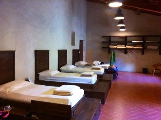 Bigallo Hostel: Le dortoir 5 lits