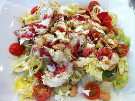 Restaurante Floresta: Buena ensalada