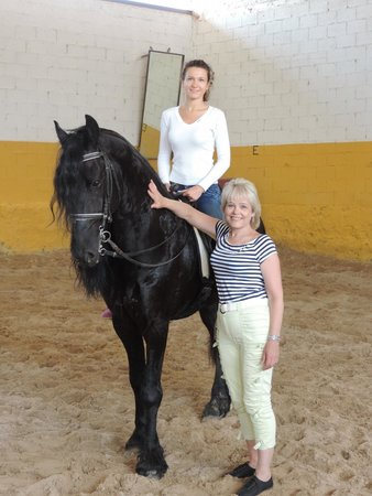 Valencia con Anna: Чёрный конь...