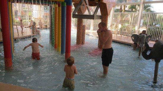 Dunes Village Resort: shallow kiddie waterpark