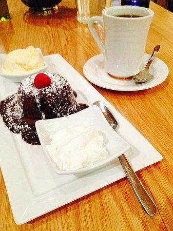 Santorini Estiatorio: Chocolate Lava Cake