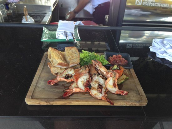 INTERCONTINENTAL Bali Resort: Ужин при отеле