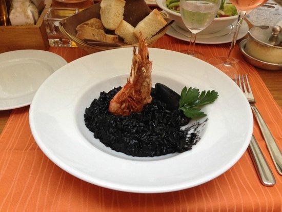 Dalmatino Dubrovnik: Black Risotto