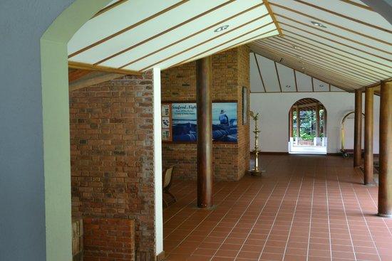Ranweli Holiday Village: lobby