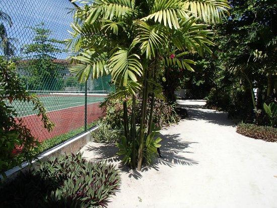 Velassaru Maldives: Tennis Courts