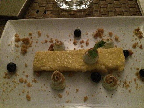 Ocean Lounge: Lemon Dessert