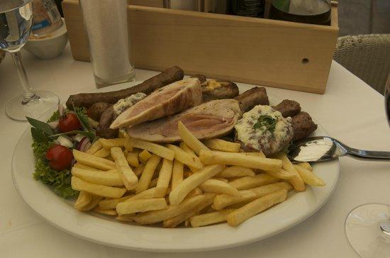 Panta Rei : Serbian Mixed Grill