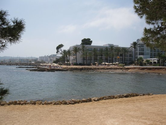 Catalonia Ses Estaques: hotel from the bay