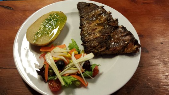 Sant Pere Kite: Grilled ribs
