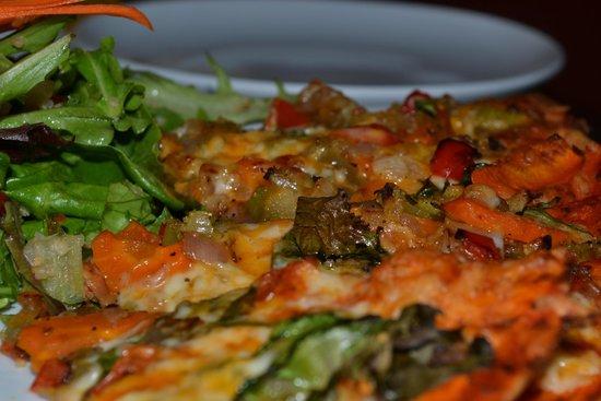 Nourish Vegetarian Bistro: Flatbread Pizza