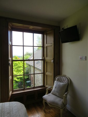 Stirabout Lane : The room has a view of the garden and out towards the mountains...