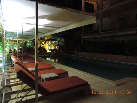 Best Western Plus Montfleuri: piscina