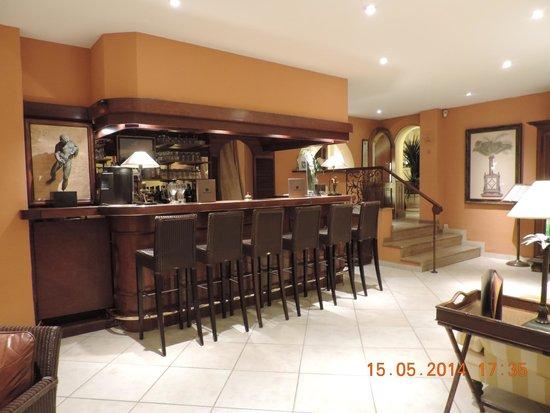 Best Western Plus Montfleuri: bar