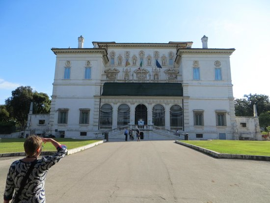 Borghese Gallery: Spring day in May