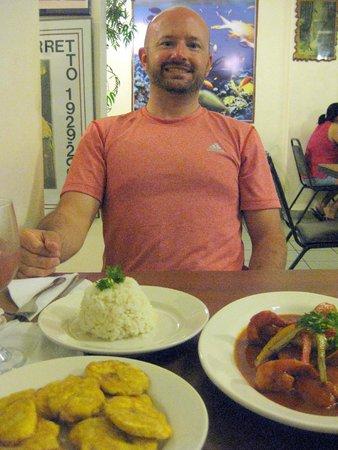 Luquillo Sunrise Beach Inn: Dinner at El Rincon De Sabor - delicious!