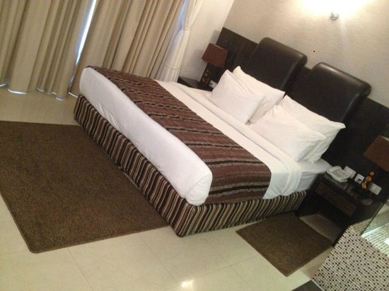 Royalty Suites 이미지