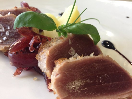 Hotel Garden Relais: Tagliata di tonno e cipolla caramellata