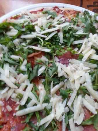 Restaurant Diferent : pizza rocket,Parmasan, ham