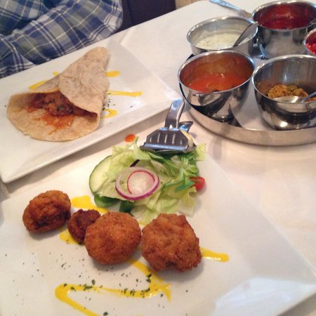 The Pavilion 2 Bangladeshi Restaurant & Take Away: Stuffed mushrooms